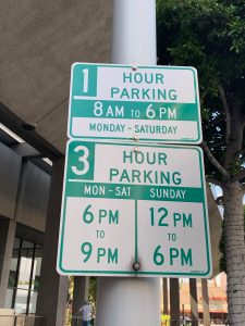 sign for 1-hour street parking on Camden | Beverly Hills, CA